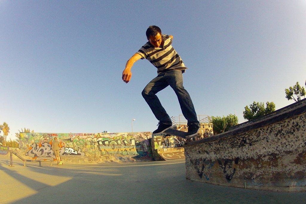 Skate-001.jpg